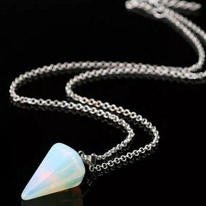 🆕️Pretty Opal Necklace
